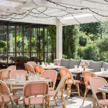 Les meilleures terrasses gourmandes où prendre le soleil à Paris
